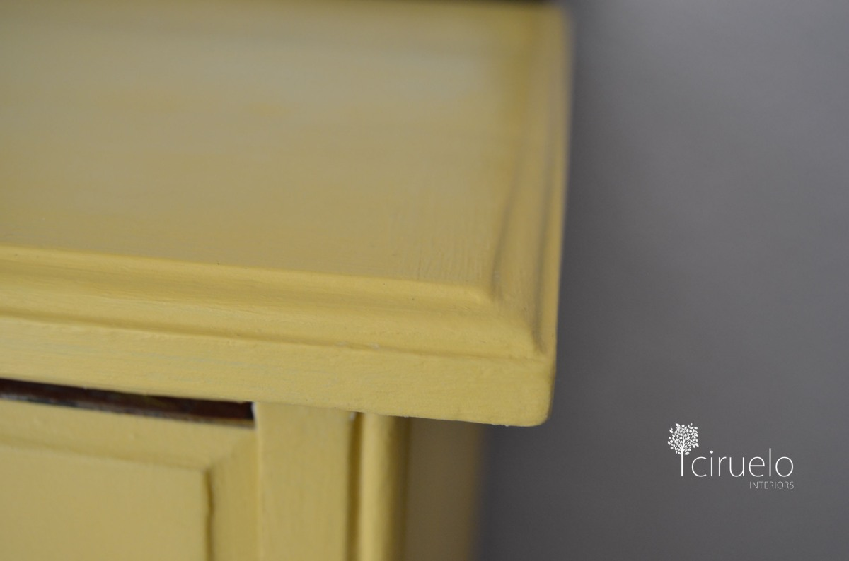 Sienna Yellow Annie Sloan Chalk Paint 09