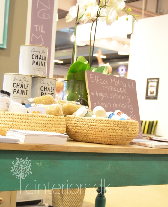 table_chalk_paint_cinteriorsdk12